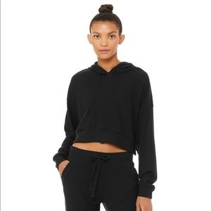 Alo Yoga Muse Cropped Hoodie in Black